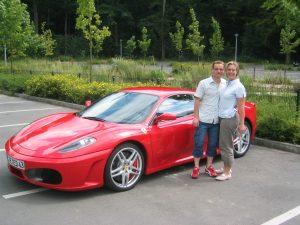 emotiondrive Kunde beim Ferrari F430 Coupé fahren
