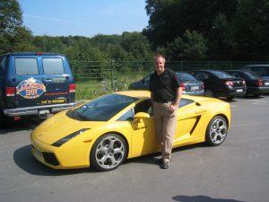emotiondrive Kunde beim Lamborghini fahren
